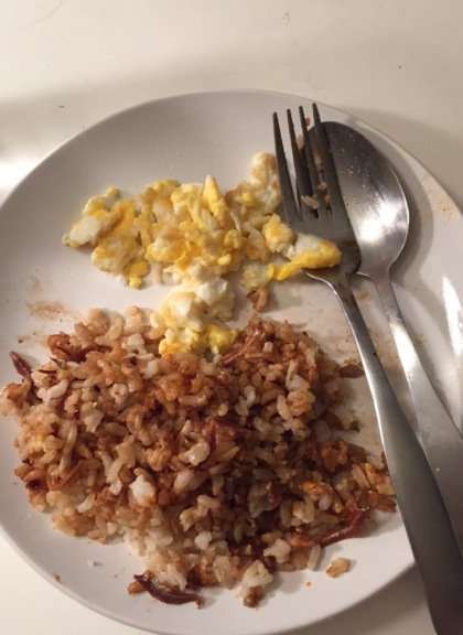 By Sunday though, I was super lazy and just ate eggs, rice and kicap lol